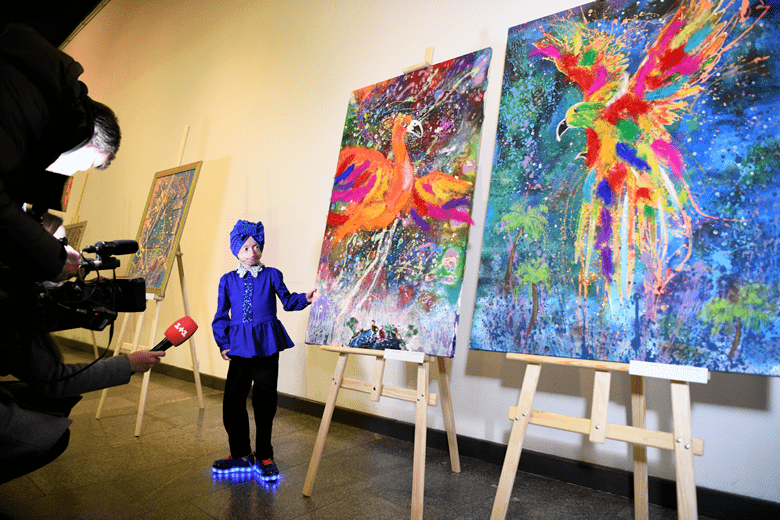 На благодійній виставці-аукціоні картин Ірини Химич вдалося зібрати понад 100 000 гривень - Biosphere